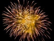 Feuerwerke am Nationaltag, schwarzer Hintergrund Stockbild