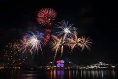 Feuerwerke Singapurs NDP 2016 1 Stockbild