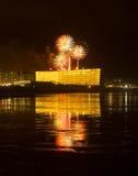 Feuerwerke und Feiertage in der Stadt von Donostia Stockfotos