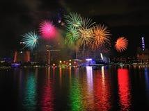 Feuerwerke zeigen während Nationaltag-Parade 2011 an Stockbild
