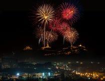 2015 Feuerwerksfestival, historischer Park Nakhon Khiri Phetchabur Stockfotografie