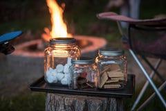 Feuerwesensmerkmale lizenzfreies stockfoto