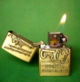 Feuerzeug für Zigaretten Stockbilder