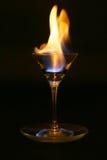 Feuerzunge innerhalb des Glases Stockfoto