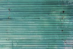 Feuillard en acier galvanisé ondulé de fer de couleur verte avec le RU photographie stock