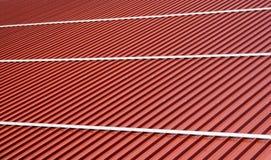 Feuillards ondulés de toit Types modernes de matériaux de toiture Photo stock