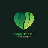 Feuille avec la forme Logo Design Template de coeur Image libre de droits