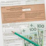Feuille d'impôt polonaise avec le crayon Photographie stock libre de droits