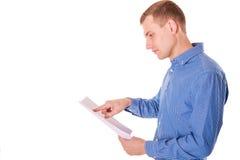 Feuille de lecture d'homme de papier Images libres de droits