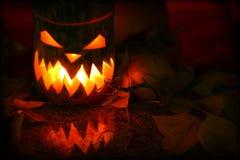 Feuilles d'automne de withl de potirons de Halloween Photographie stock