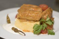 Feuilles de chou bourré avec le polenta 3 Photo libre de droits