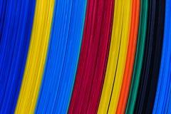 Feuilles en plastique ondulées de couleur, panneau de caractéristique. Photographie stock