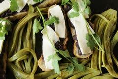 Feuilles mexicaines de cactus pour la cuisson photos stock