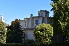 Feusier-Achteck-Haus ist eins des Letzten von drei in San Francisco, 2 Lizenzfreie Stockfotos