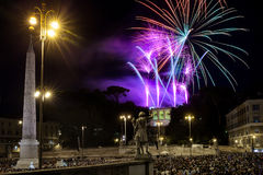 Feux d'artifice à Rome, Italie Images stock