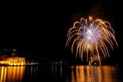 Feux d'artifice au-dessus de la mer de Rapallo, il Images stock