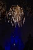 Feux d'artifice au-dessus de monde Orlando de Disney Images libres de droits
