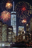 Feux d'artifice au-dessus de NYC Images stock