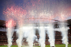 Feux d'artifice au stade de football Photos stock