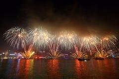 Feux d'artifice chinois 2011 d'an neuf de Hong Kong Images libres de droits