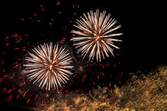 Feux d'artifice dans le ciel Photo stock