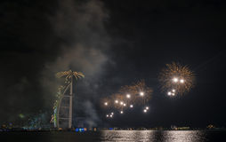 Feux d'artifice de Dubaï pour le jour national Image stock