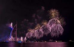 Feux d'artifice de Dubaï pour le jour national Photographie stock