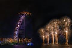 Feux d'artifice de Dubaï pour le jour national Images libres de droits