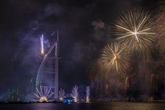 Feux d'artifice de Dubaï pour le jour national Photo stock