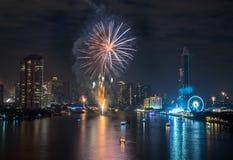 Feux d'artifice de nouvelle année à Bangkok, Thaïlande Images libres de droits