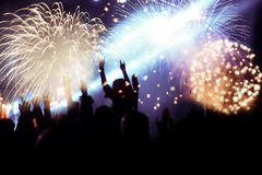 Feux d'artifice de observation de foule à la nouvelle année Photos libres de droits