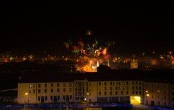 Feux d'artifice de réveillon de la Saint Sylvestre à Munich Allemagne Foyer sélectif images libres de droits