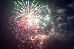 Feux d'artifice le Jour de la Déclaration d'Indépendance aux Etats-Unis Image libre de droits
