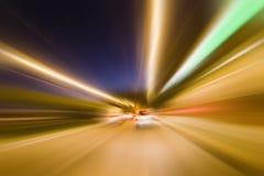 Feux de signalisation de nuit Photographie stock libre de droits