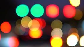 Feux de signalisation de nuit banque de vidéos