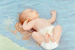 Fev miesięcy dziecka stary uroczy portret Zdjęcia Royalty Free