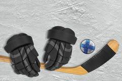 Fiński krążek hokojowy, kij i rękawiczki, Fotografia Royalty Free