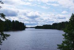 Fiński jezioro w lesie Fotografia Stock