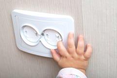 Fiabilité électrique de débouché de courant alternatif dans la maison photographie stock libre de droits