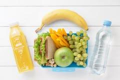 Fiambrera con la comida sana preparada Fotografía de archivo libre de regalías