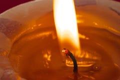 Fiamma di candela dello stoppino Fotografie Stock Libere da Diritti