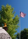 Fiamma eterna della bandiera americana Fotografia Stock Libera da Diritti