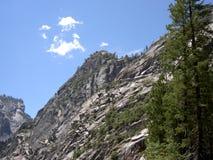 Fianco di una montagna di Yosemite Fotografie Stock Libere da Diritti