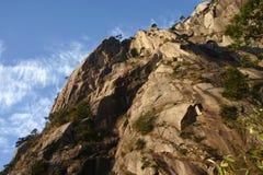 Fianco di una montagna roccioso Fotografia Stock Libera da Diritti