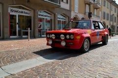 Fiat 131 Abarth en el circuito di Zingonia 2014 Imágenes de archivo libres de regalías