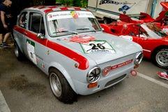 Fiat Abarth 1000 OT en la bandera 2017 de la plata de Vernasca Fotos de archivo