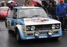 Fiat 131 Abarth samlar bilen Arkivfoton