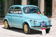 Fiat 500 au salon automobile de vintage Photo libre de droits