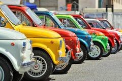 Fiat 500 bij de statische verzameling Oktoberfest in Victory Square in Genua Royalty-vrije Stock Fotografie