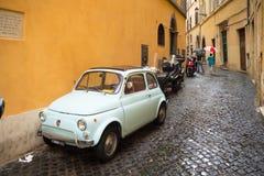 Fiat bil i rome Arkivbild